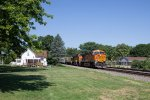 BNSF7078 and BNSF4997 passing Peck Park