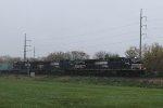 NS 9200 leads train 20E eastbound in a light rain