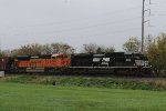 NS 1098 & BNSF 9094 lead train 66Z
