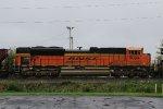 BNSF 9094 on NS train 66Z