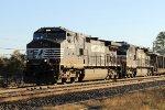 NS 9428 & 9084 lead train 19G