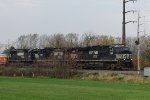 NS 8009 leads train 36Q