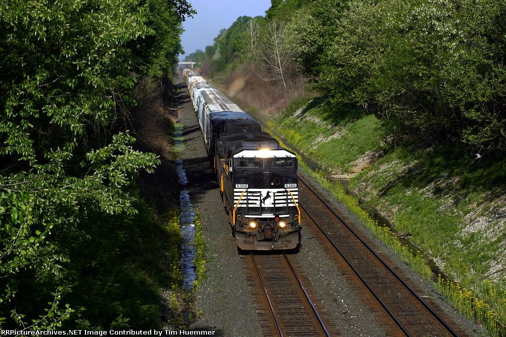 Eastbound on the St Louis line