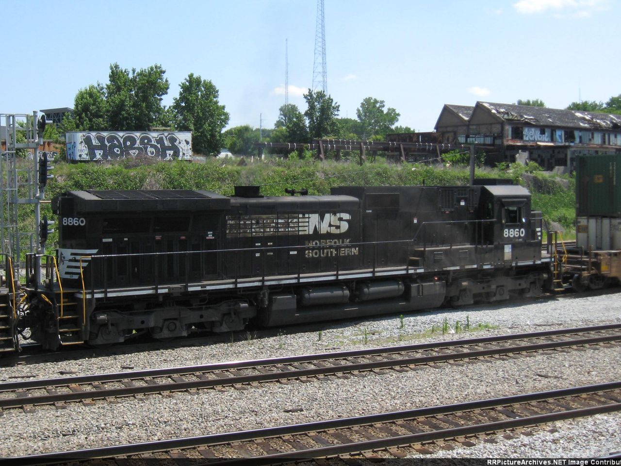 NS 8860