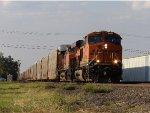 BNSF ES44C4 6851