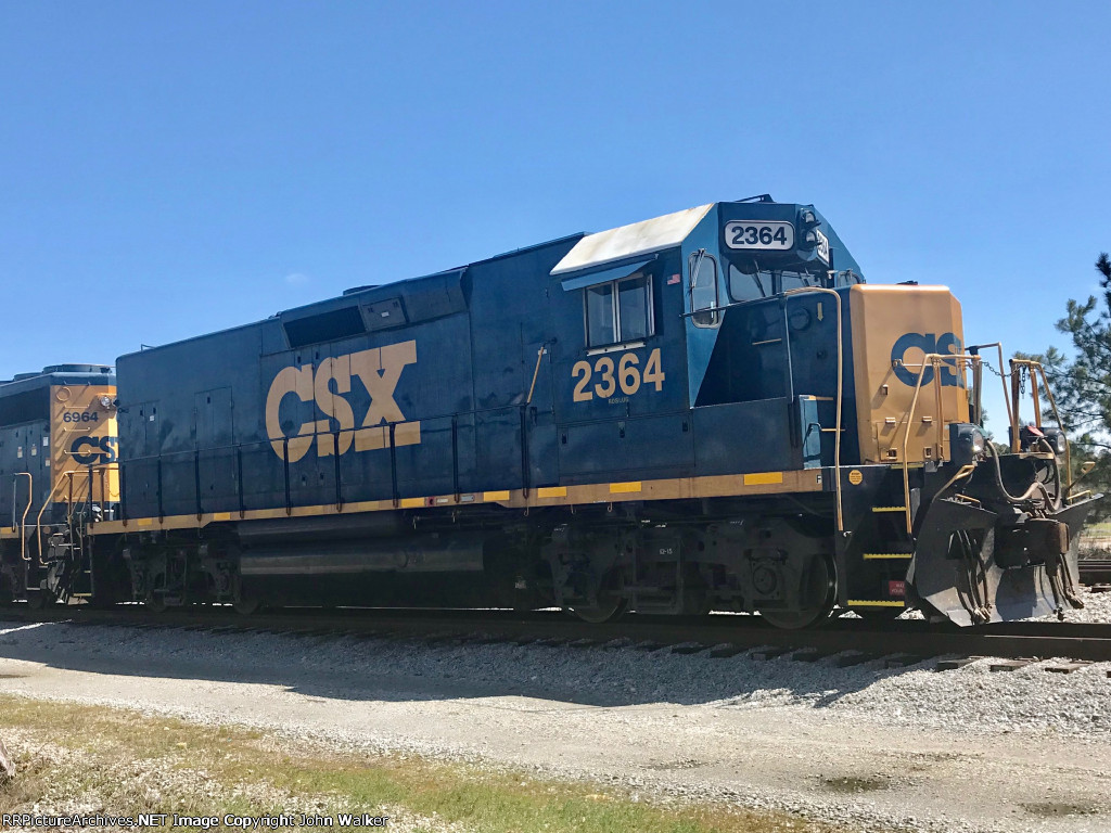 CSX 2364 sitting silent on a chilly Sunday afternoon