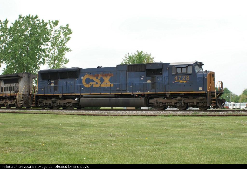 CSXT 4728