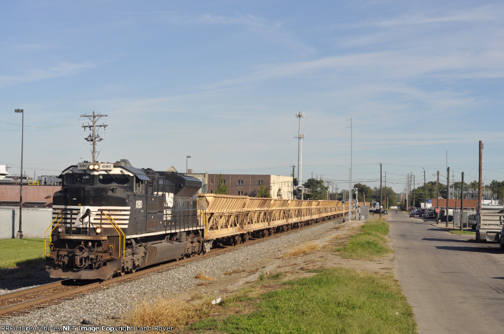 NS 1090 On NS 933 Eastbound