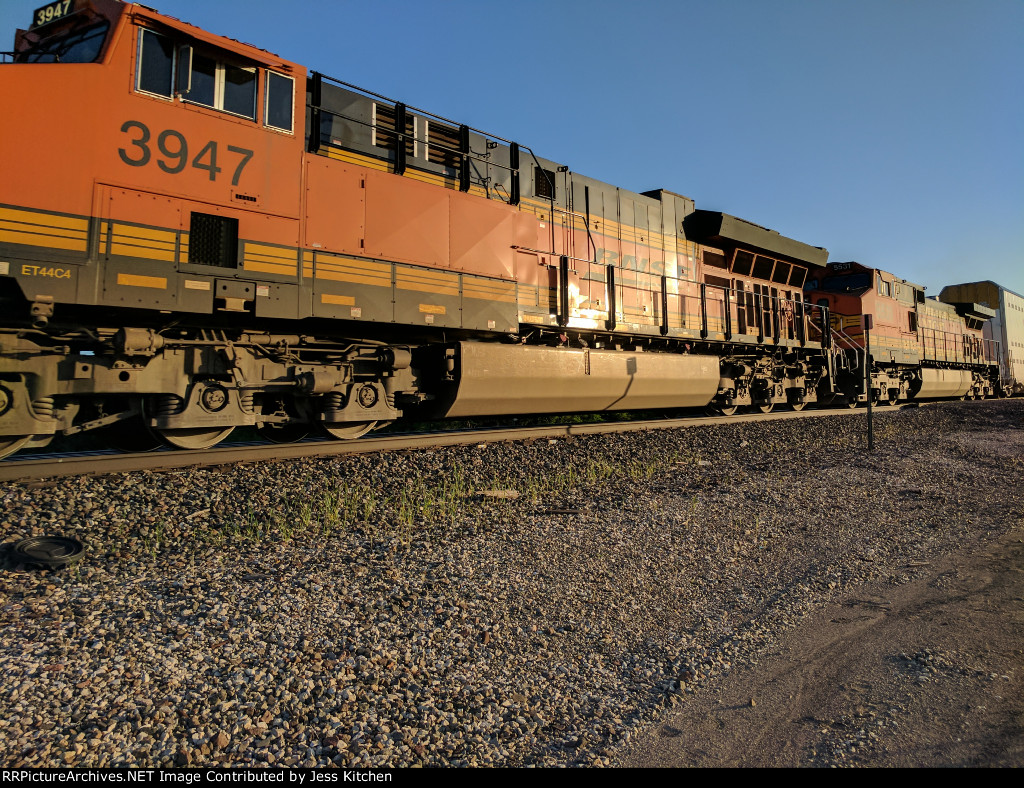 BNSF 3947