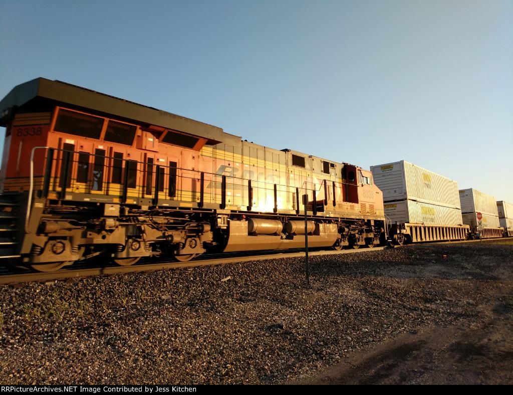 BNSF 8338