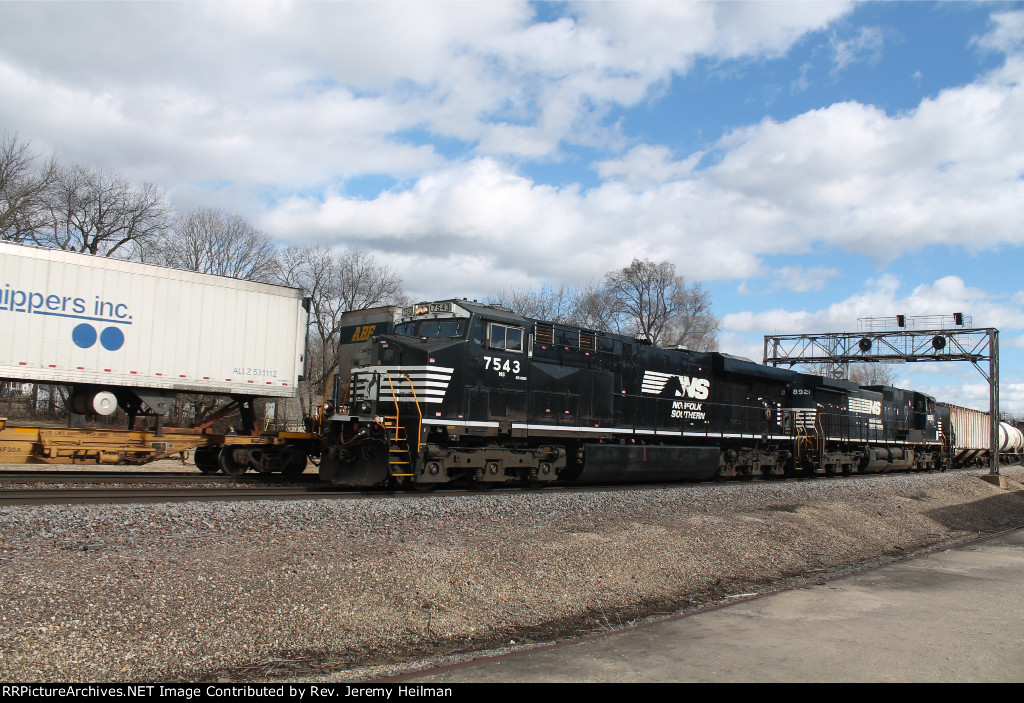 NS 7543 & 8921 (2)