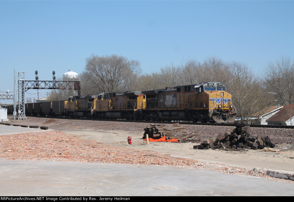 UP 5575 & others (2)