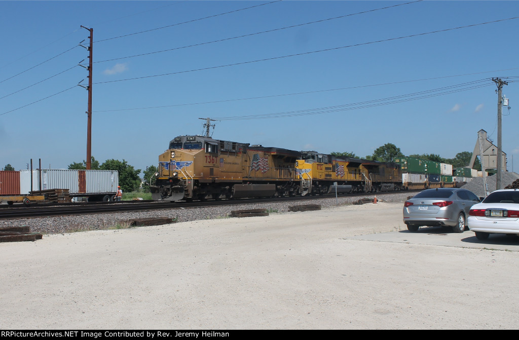 UP 7367 & others (1
