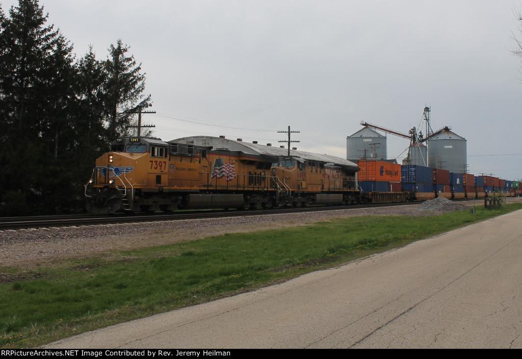 UP 7397 & 6499 (2)