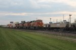 BNSF 8113 & others (3)