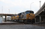 CSX 3470 leads the QSRHO-16 at Tower 87