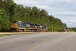 CSX ES44AC-H pair 3236 and 3112 and ES44AC-H 3166 and ES40DC 5500 wait for Monday