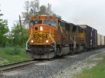 BNSF 8901 & UP 4718 heading west with Q335-26