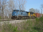 CSX 7918 leading Q327-28 westward