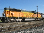 """Say """"Hi"""" to the crew members on BNSF 8851"""