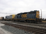 CSX 2568 & 9249 switching the east end