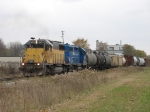 OHCR 9934 & GMTX 2648 leading their train northward