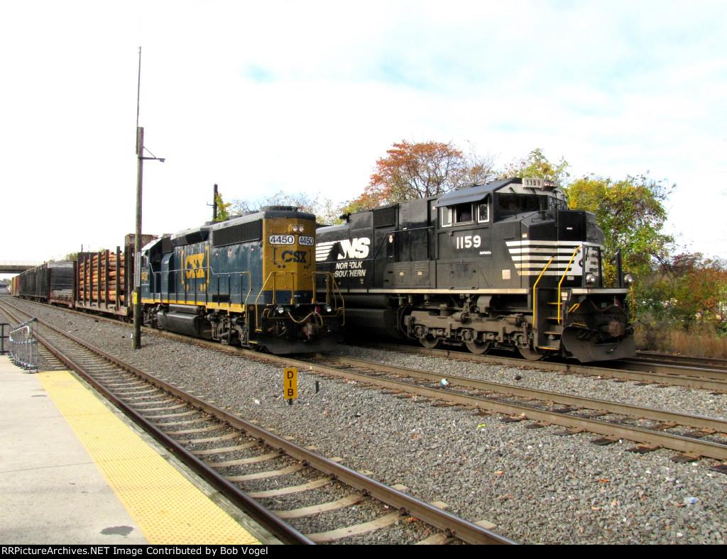 NS 1159 and CSXT 4450