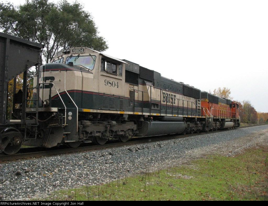 BNSF 9804 & 9452