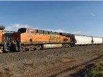 BNSF ES44DC 7334