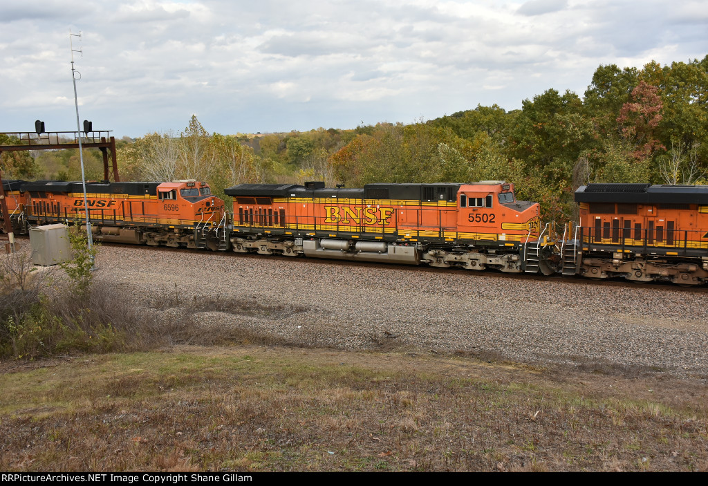 BNSF 5502 Roster.