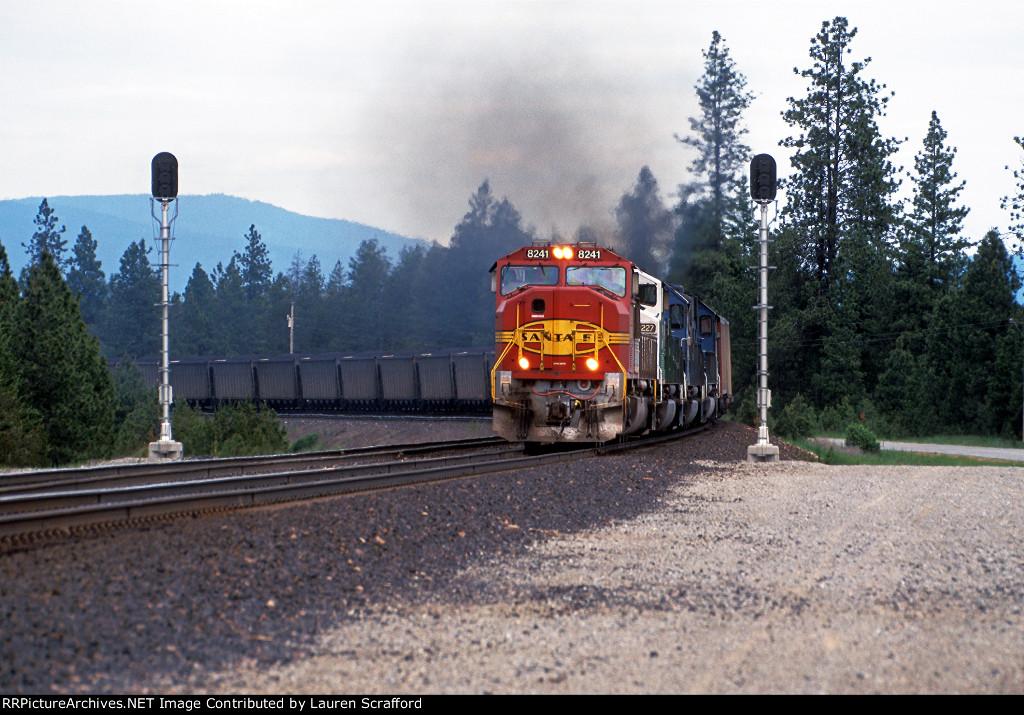 BNSF 8241 W/B