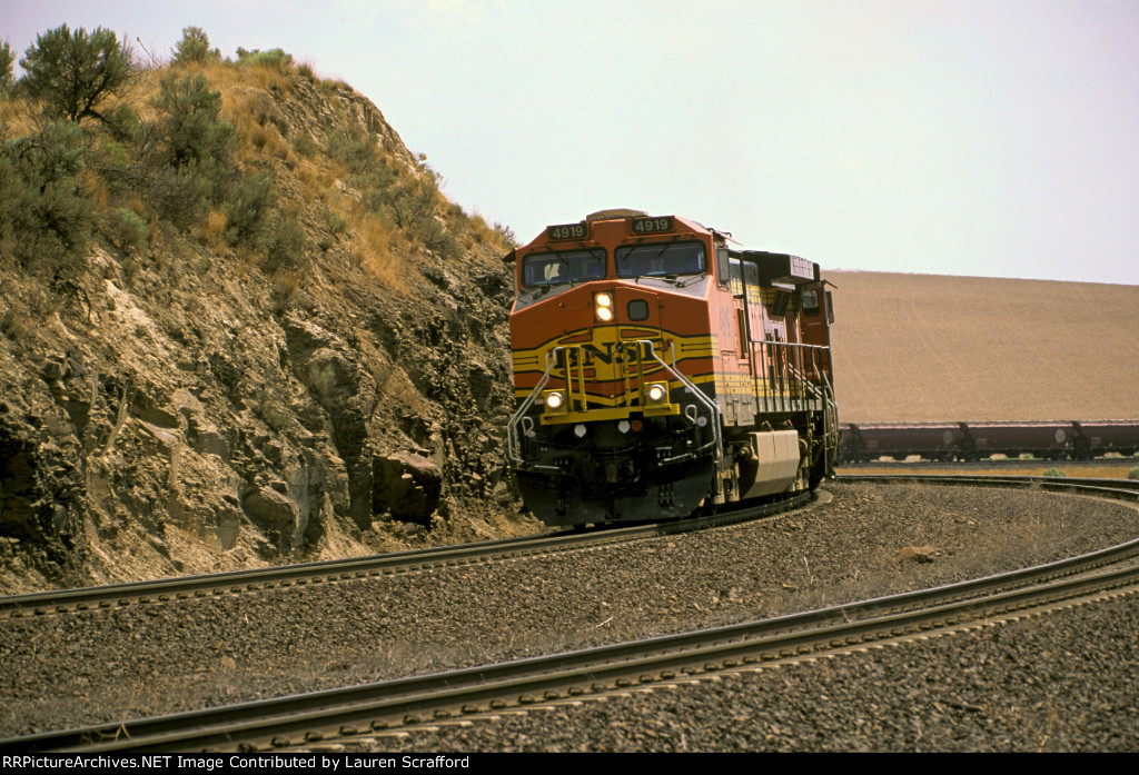 BNSF 4919 East