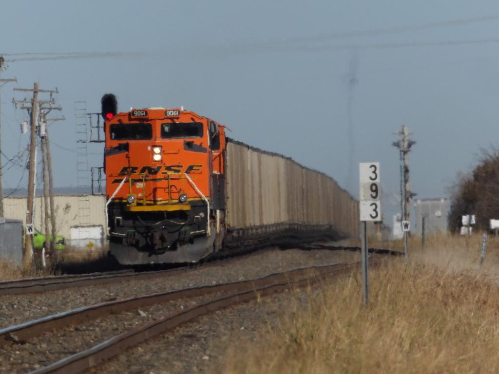 BNSF SD70ACe 9061