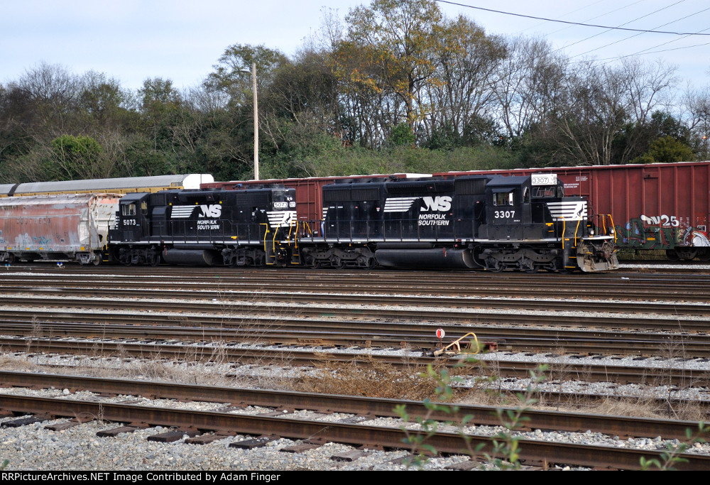 NS 3307 on NS Yard Job