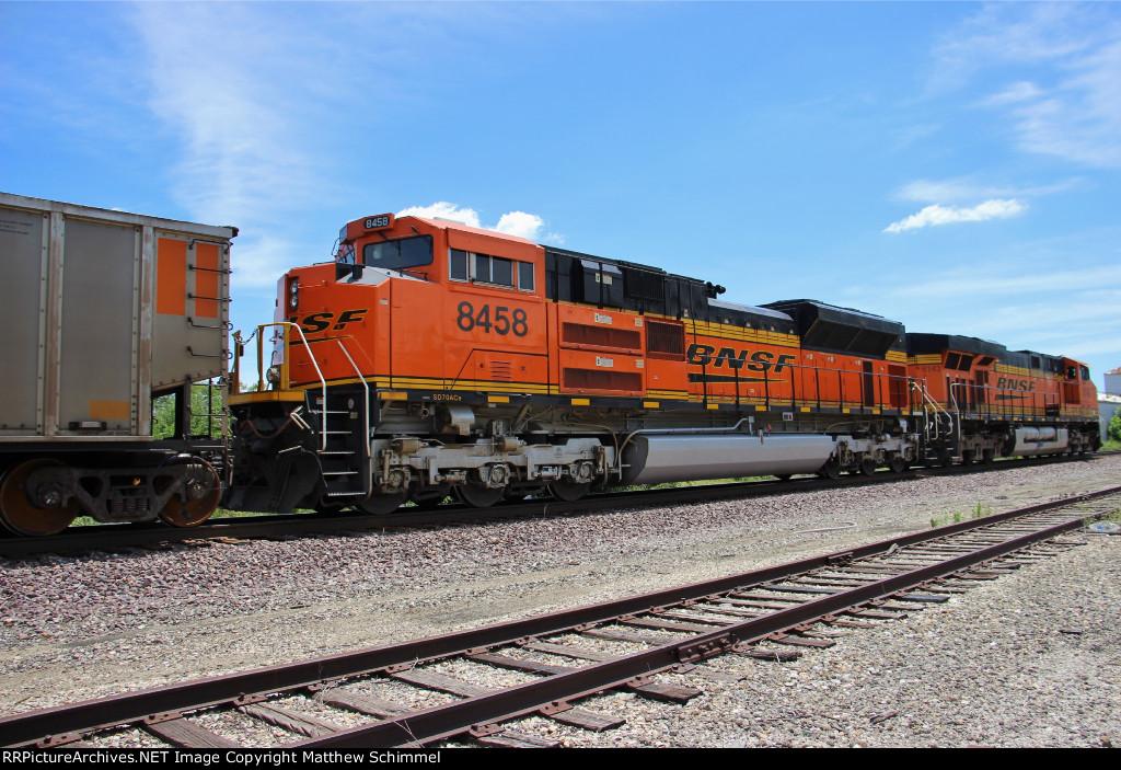 BNSF 8458
