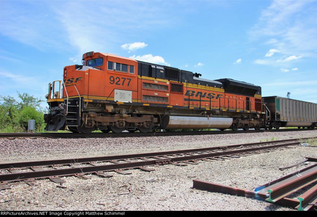 BNSF 9277 - DPU