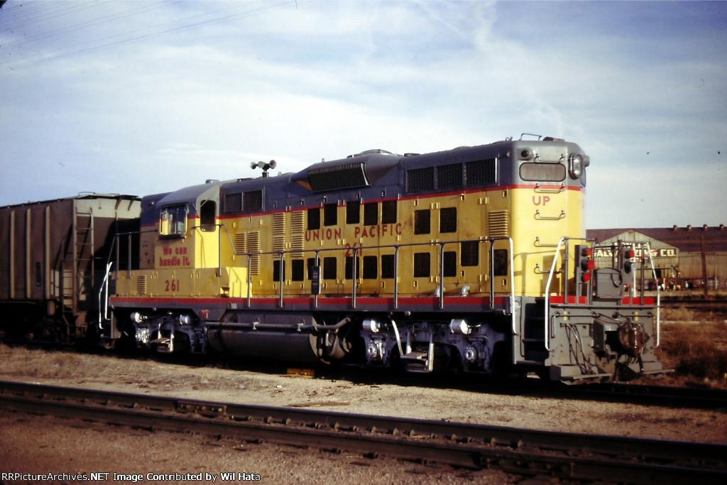UP GP9 261