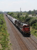 CN 2113 & 2037 pull east on Main 1 with L502