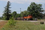 BNSF 9272 & 9063 roll across Croswell St with E801