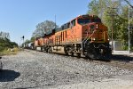 BNSF 8111 leads a transfer to the Ns.