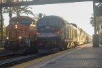 BNSF 6693 meets SCAX 924