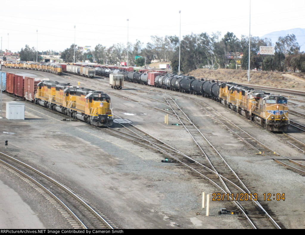 Switching & road power at West Colton
