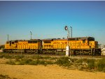 A SD60M & a C40-8 in Mojave