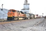 BNSF 8776 Crawls into the siding in Old Monroe Mo.