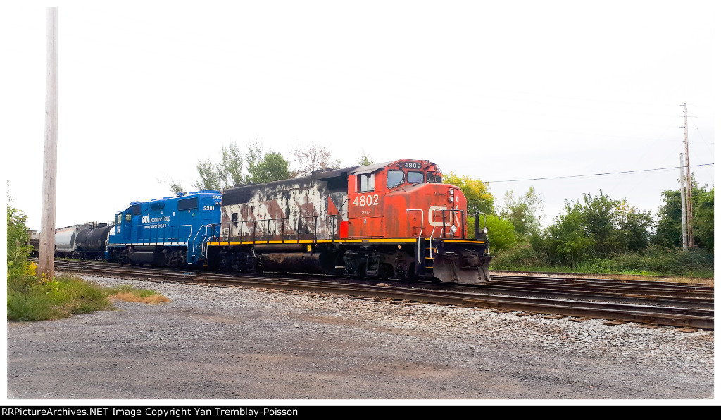 Beautiful pair of engines for CN L538