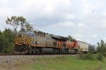 CREX 1339 leads a BNSF manifest WB on the UP Houston Sub
