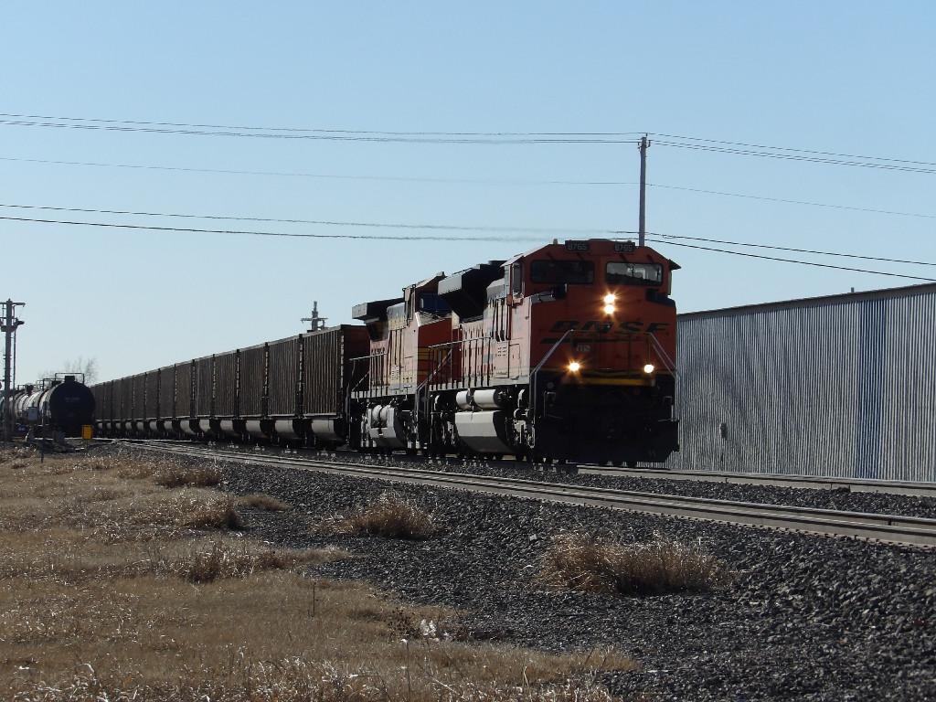 BNSF SD70ACe 8765
