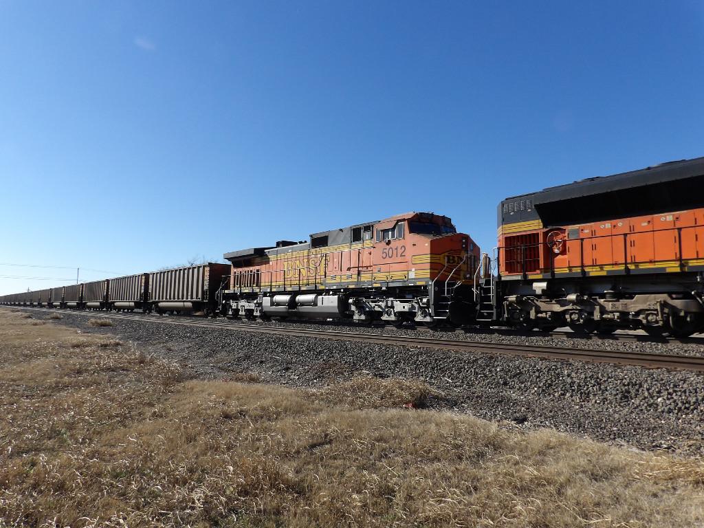 BNSF C44-9W 5012