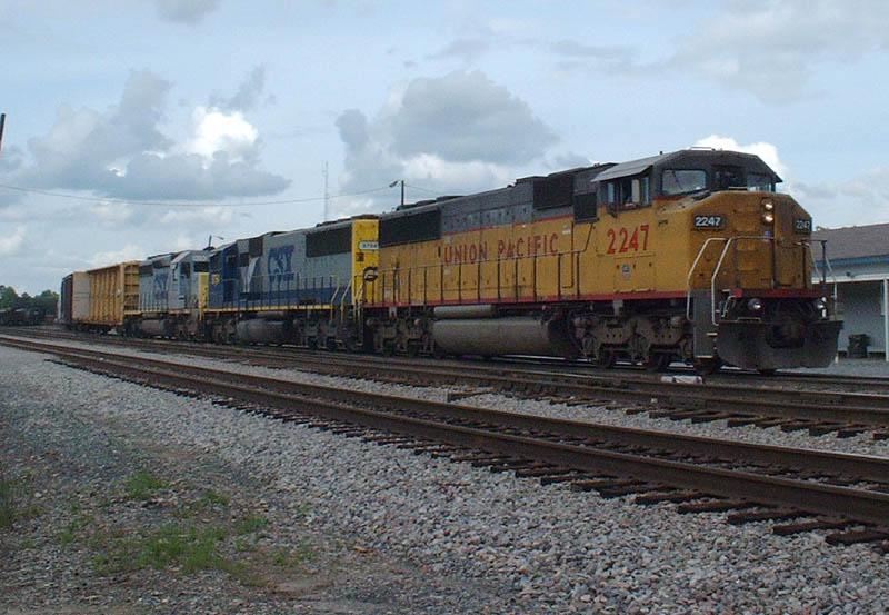 CSX Train Q661