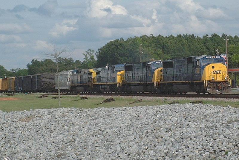 CSX Train Q646